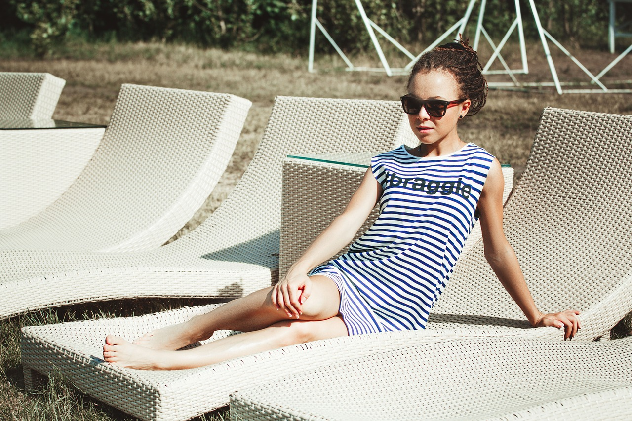 Streifenkleider – Highlight im Sommer