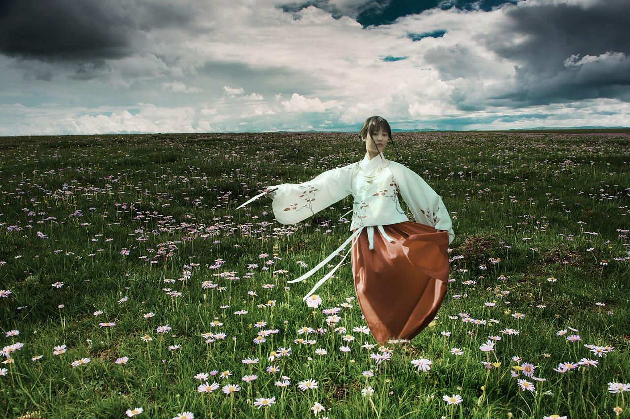 Tradition & Fashion: Kimono Kleider