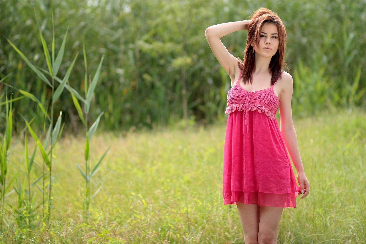 Pinke Kleider für den Frühling