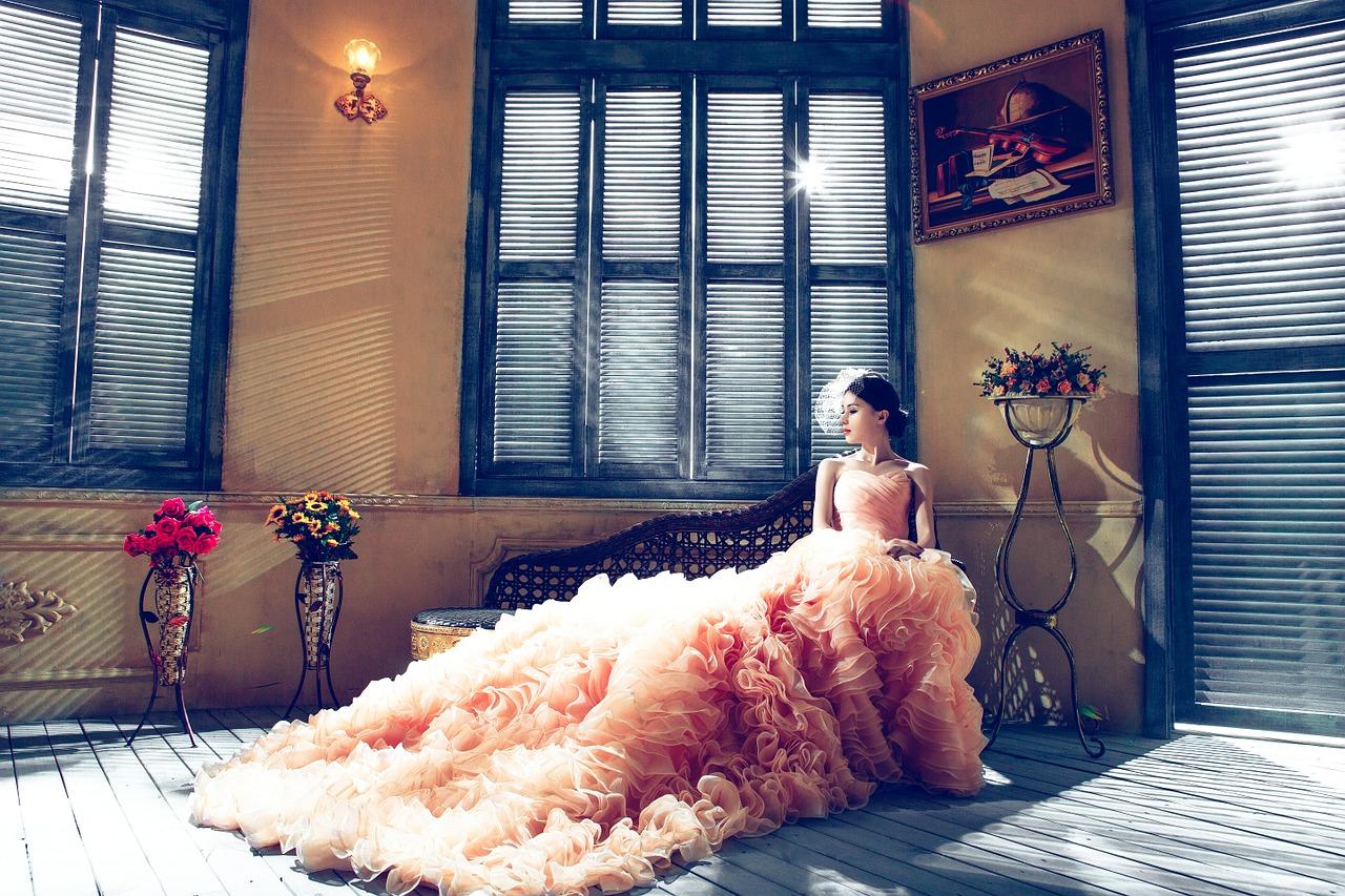 Hochzeitskleider im Frühling – Frühlingshochzeit