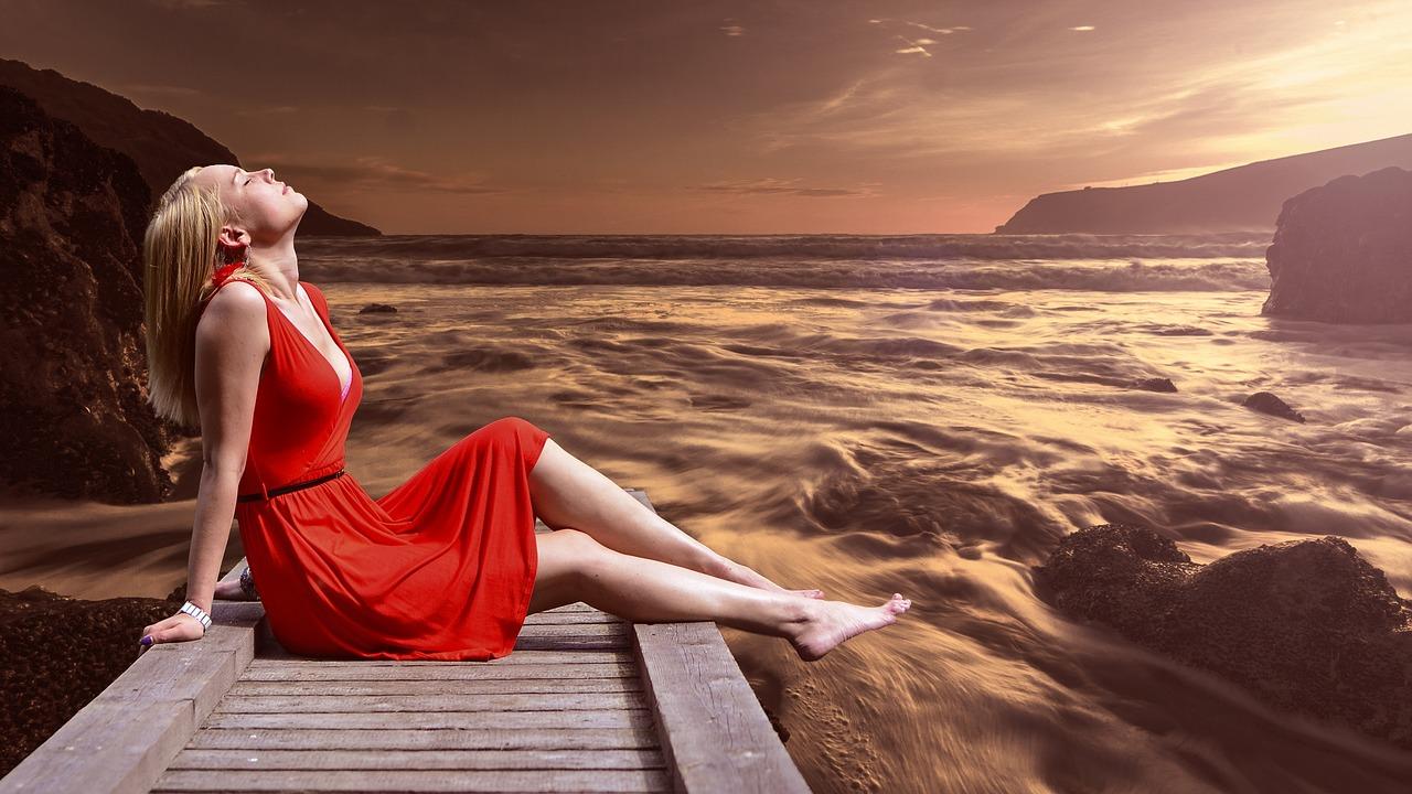 Rote Kleider – Signalfarbe im Kleiderschrank