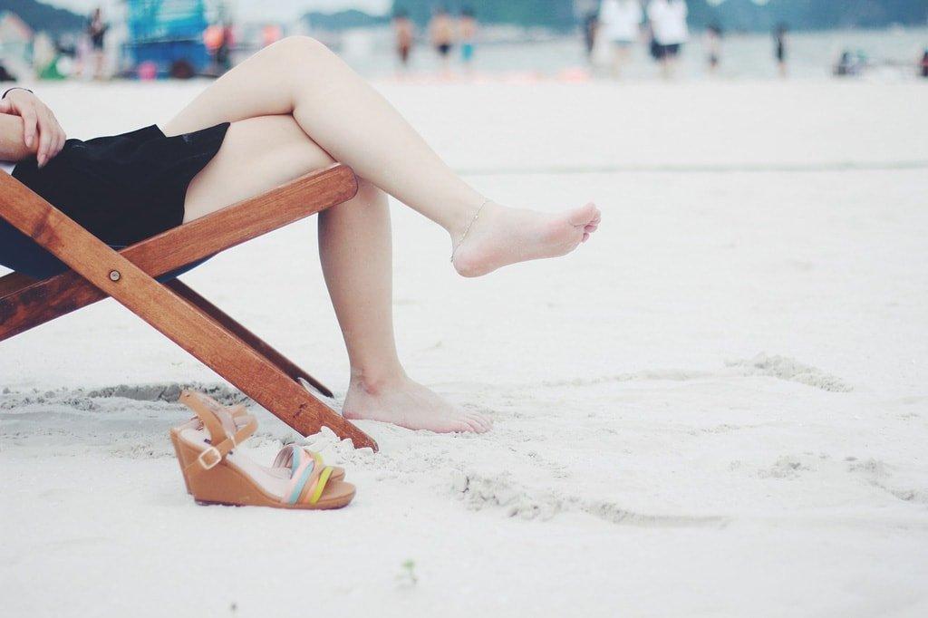 Welche Schuhe zum Sommerkleid?